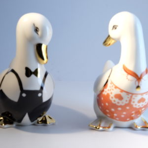 Couple d'oies en porcelaine